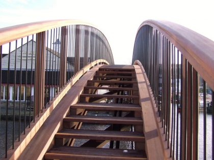 Type 2 Laminated Beam Footbridge Special Parapets